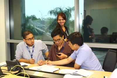 Les Bahasa Inggris di Makassar